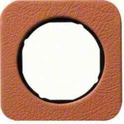 Рамка одинарная R1, кожа черная вкладка, 10112364, , Гарантия:: 12 месяцев, Цвет: Кожа, Тип товара:: Рамка, Единицы измерения:: шт, Материал: Кожа