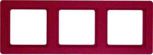Рамка тройная Q.1. красная с эффектом бархата 10136062